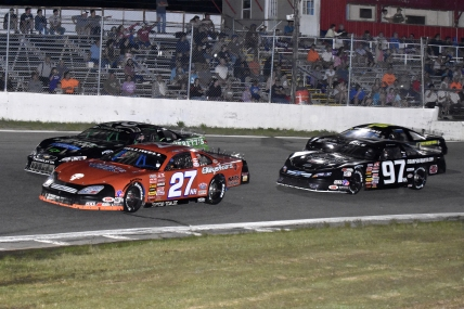 Page 3 (contents; Troy Bregy/ Speedway Photography) ACT at Star Speedway: Wayne Helliwell Jr. (27), Ryan Kuhn, eventual winner Joey Polewarczyk Jr. (97) and Rich Dubeau