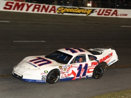 Multi-time Super Late Model track champion David Rogers drives away from a wreck which ended his Speedweeks two nights early (Michael Fettig/Action Shots Photography)