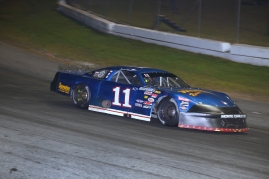 Low-budget veteran David Weaver survived for a Speedweeks-career-best second-place finish in the Sunday Pro Late Model race (Michael Fettig/Action Shots Photography)